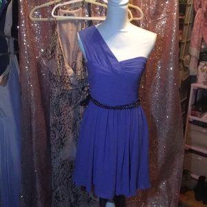 Express one shoulder dress!